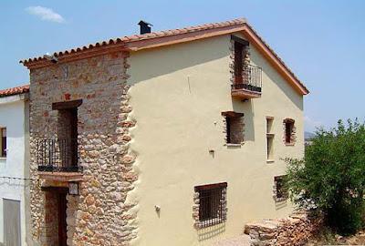 https://www.escapadarural.com/casa-rural/castellon/casa-pili
