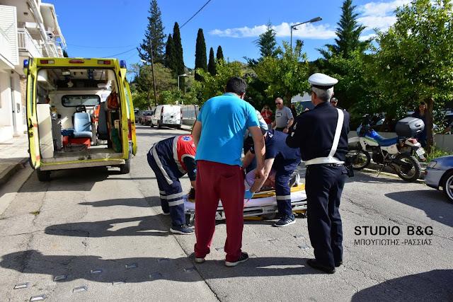 Τροχαίο ατύχημα στο Ναύπλιο με παράσυρση πεζής και τραυματισμό