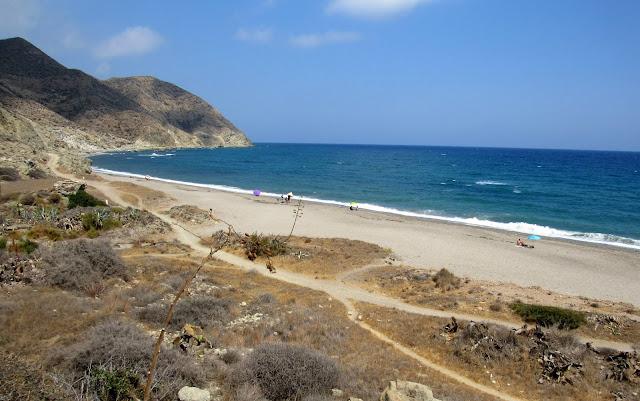 Playa del Algarrobico en Cabo de Gata-Níjar