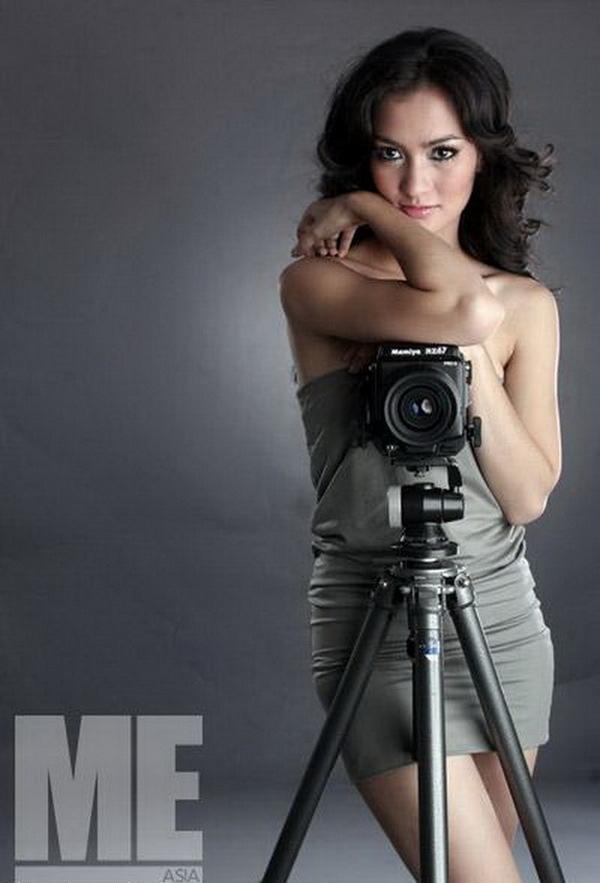 Image Result For Foto Bugil Artis Atiqah Hasiholan