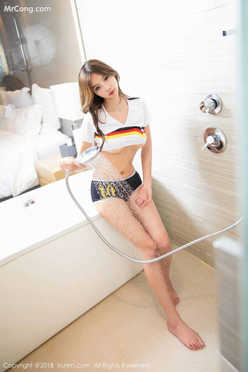Image XIUREN-No.1060-Yang-Chen-Chen-sugar-MrCong.com-009 in post XIUREN No.1060: Người mẫu Yang Chen Chen (杨晨晨sugar) (52 ảnh)