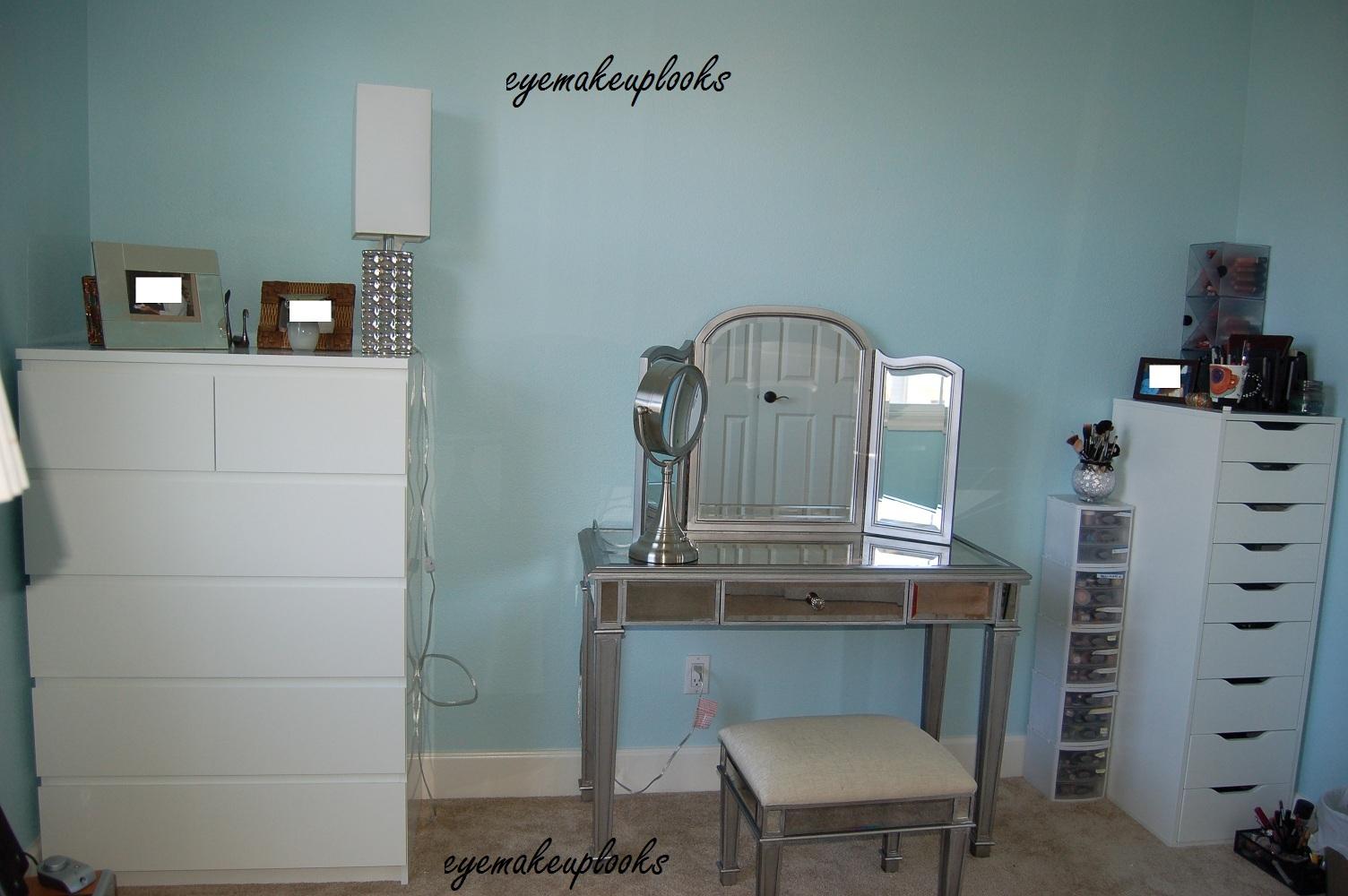 An Eye Makeup Addicts Blog My New Makeup Room