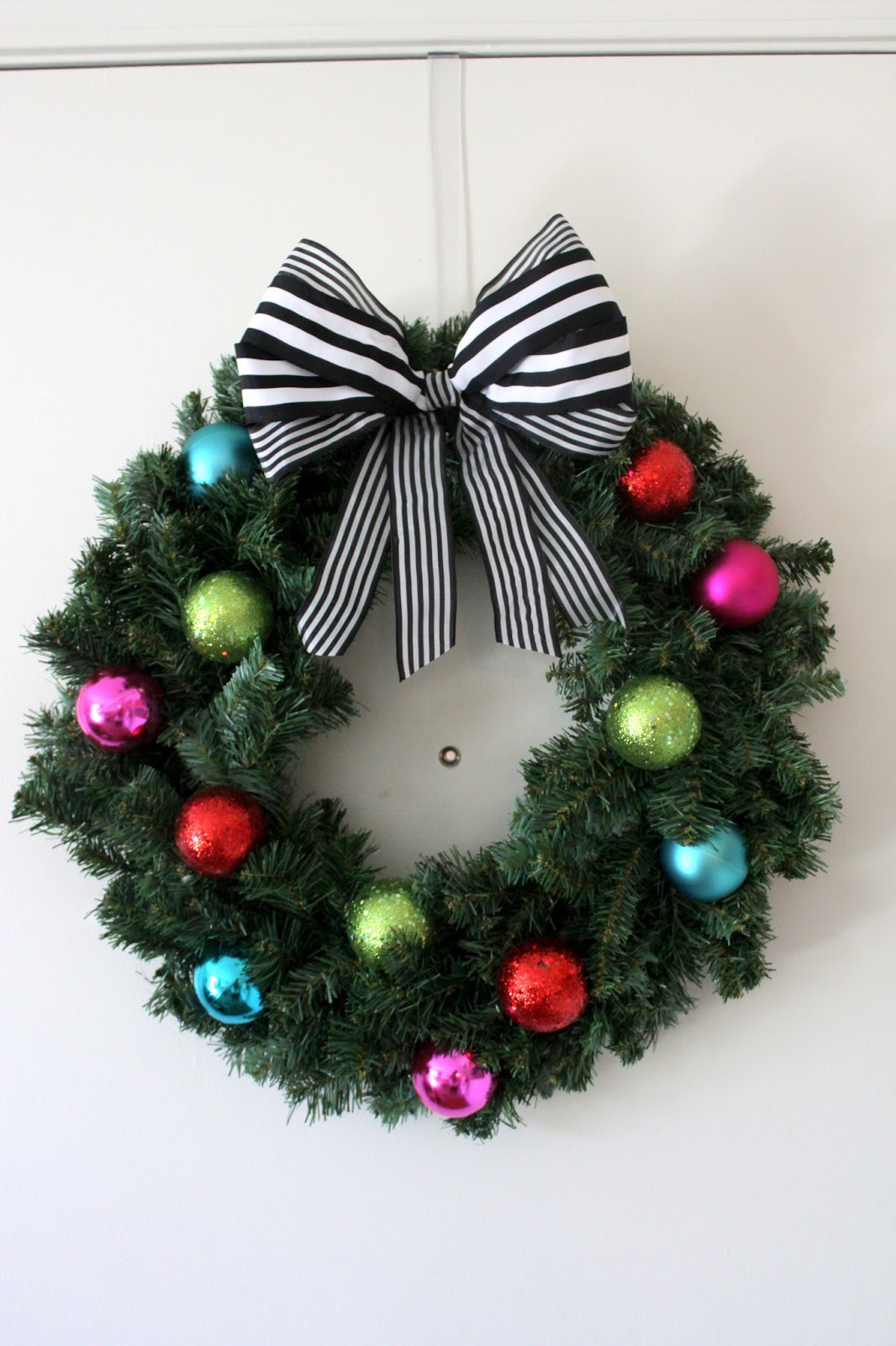 Diy Christmas Ornament Wreath Blooming Boldly
