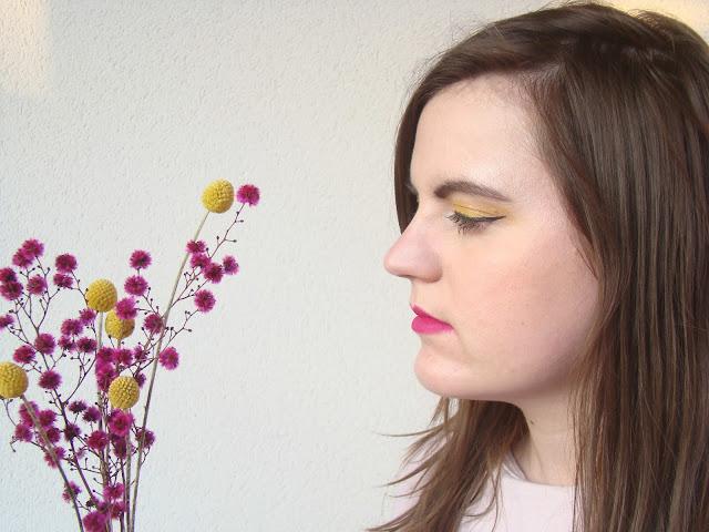 Makeup Jaune et rose comme le blog