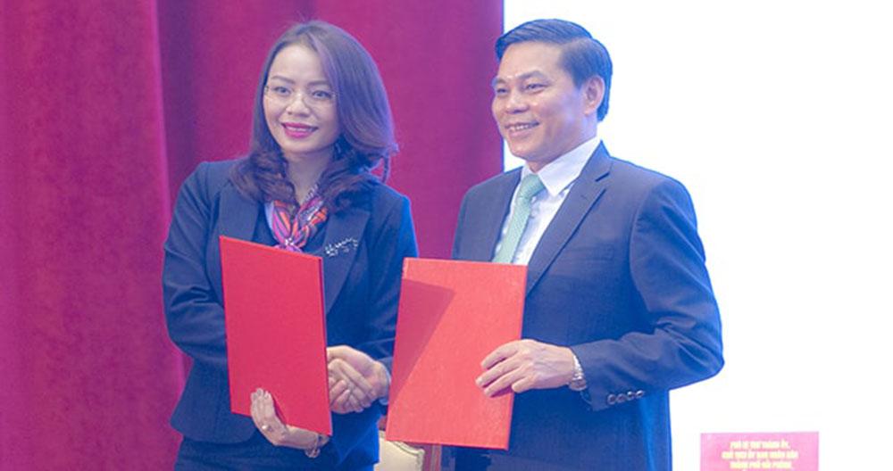 Bà Hương Trần Kiều Dung, Tổng giám đốc Tập đoàn FLC ký kết biên bản ghi nhớ với UBND Tp.Hải Phòng