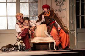 Mozart: Cosi fan tutte - Nick Pritchard, Nicholas Lester - Opera Holland Park (Photo Robert Workman)
