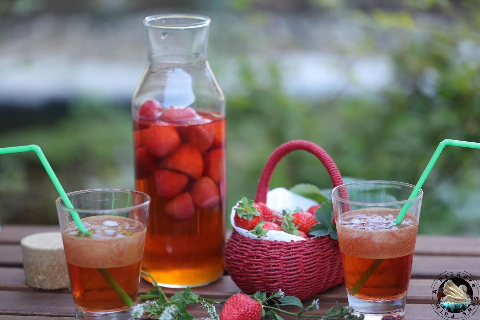 Thé glacé fraises menthe