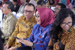 Gubernur Jabar, Ridwan Kamil melaunching Program Kolecer dan Candil di Lapangan Sempur Kota Bogor