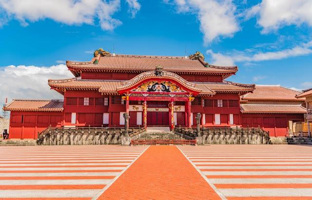 10. Lâu đài Shuri, Okinawa, Nhật Bản