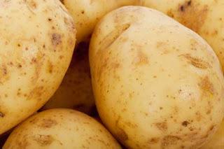 Cara mengatasi rambut rontok dengan kentang
