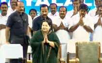 Stalin seated in 16th row at Jayalalithaa's swearing-in ceremony