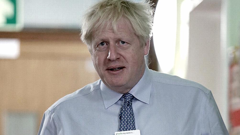 Boris Johnson salió de terapia intensiva