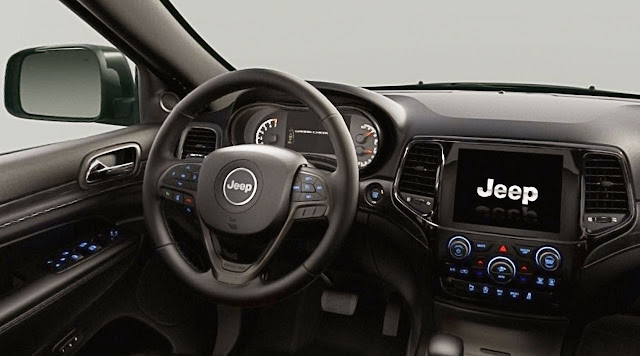 jeep-grand-cherokee-limited-x-steering-wheel-and-control-panel-display