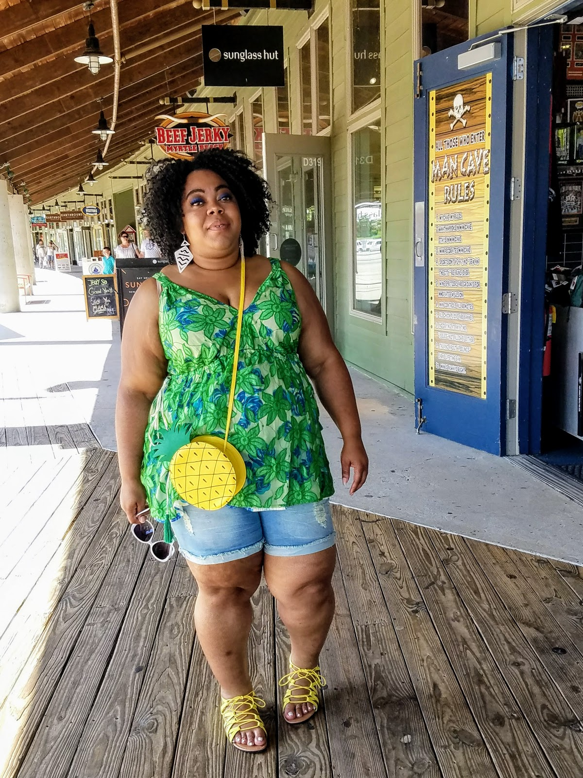 plus size, blogger, Lane Bryant, shorts, sandals, crossbody purse, natural hair, bold makeup, natural hair, fashion sunglasses, Myrtle Beach (Broadway at the Beach)