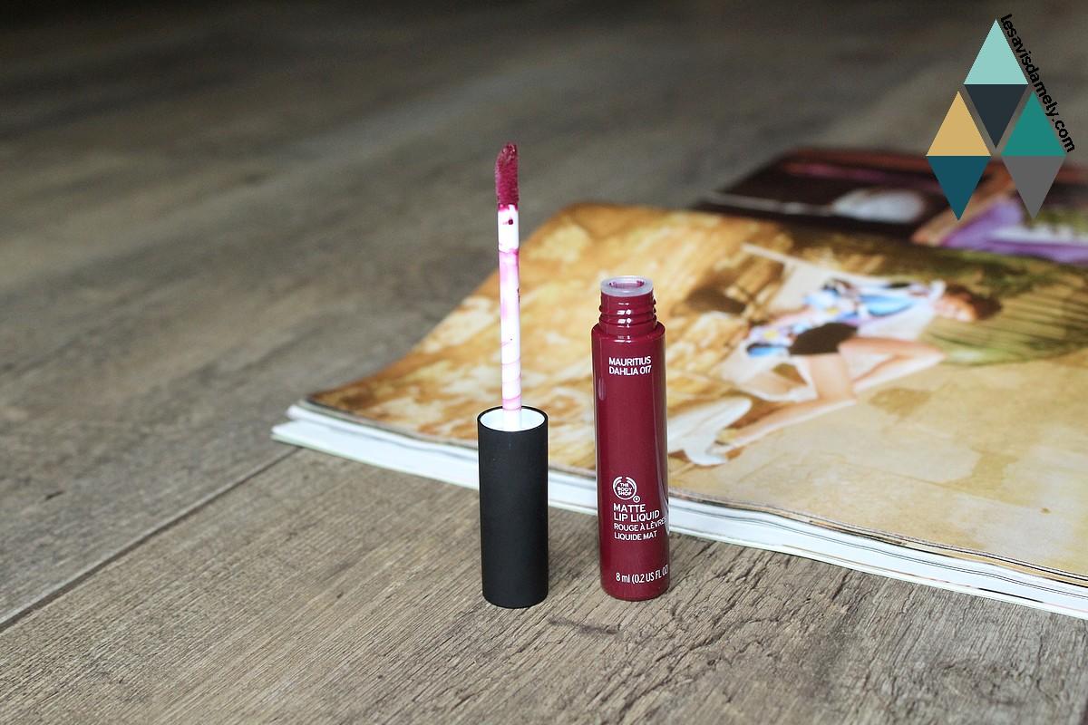 test produit rouge à lèvres liquides sans transfert