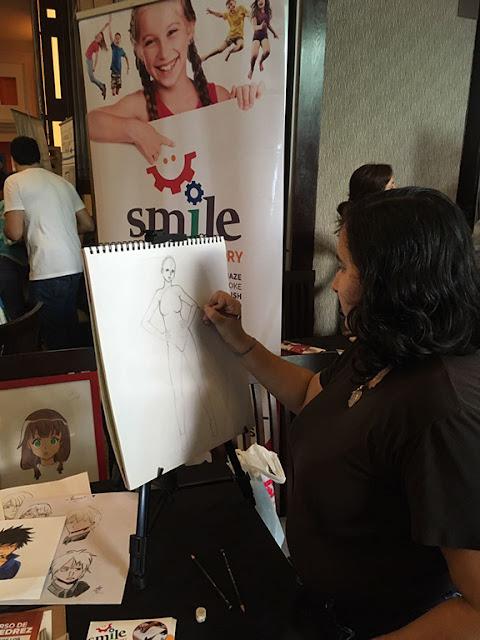Dibujando en el dia internacional del arte