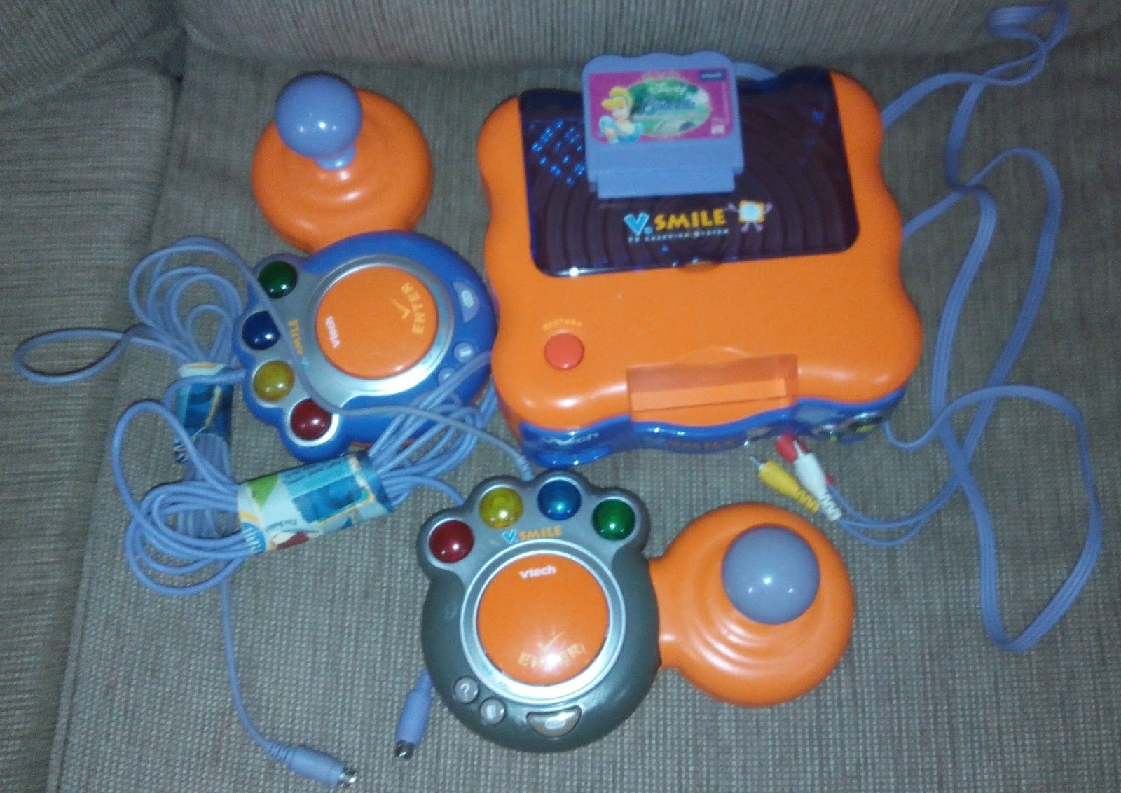 vtech v smile hook up Review of vsmile tv learning system by vtech  the vtech vsmile learning system is recommended for children ages 3-7  you can hook the system up with a .
