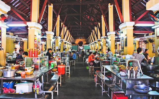 central market hoi an vietnam