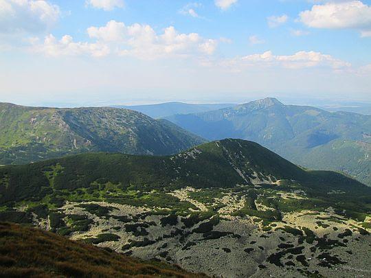 Dolina Zadnia Salatyńska (słow. Zadná Spálená dolina, Zadná Salatínska dolina).
