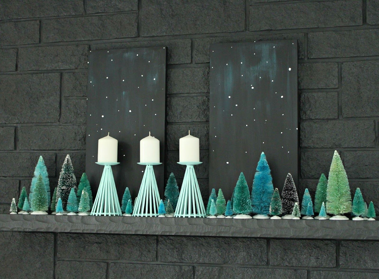 Vintage-inspired holiday mantle decor
