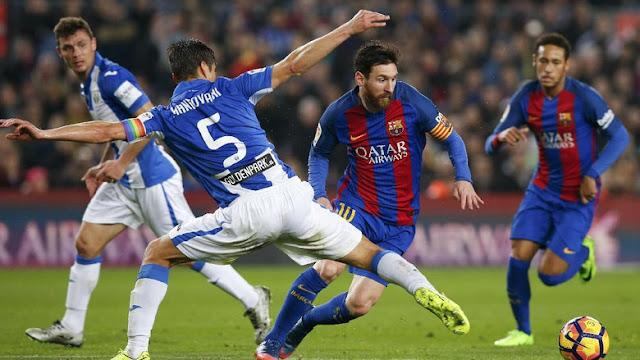 Penalti Messi di Menit 90 Menangkan Barca