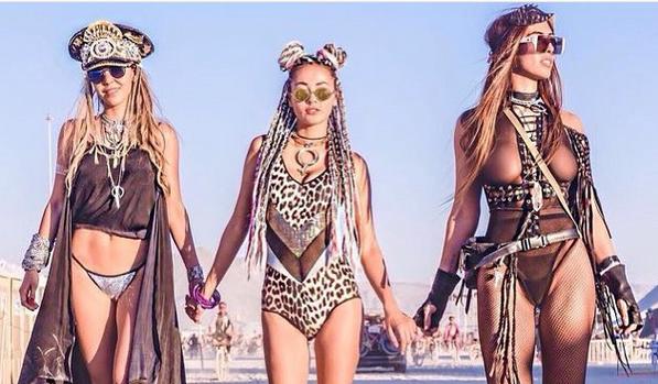 Burning Man Hot Girls