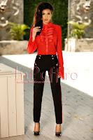 Pantaloni negri eleganti cu vipusca rosie