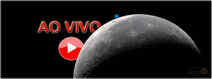 Lua oculta planeta Urano no céu