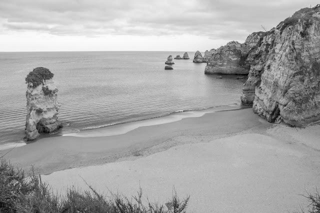 Praia Dona Ana, no Algarve, em Portugal.