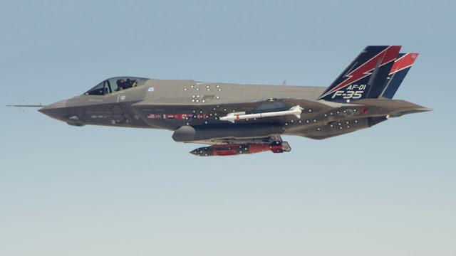 EE.UU. y la OTAN preparan un 'regalo' nuclear para Rusia
