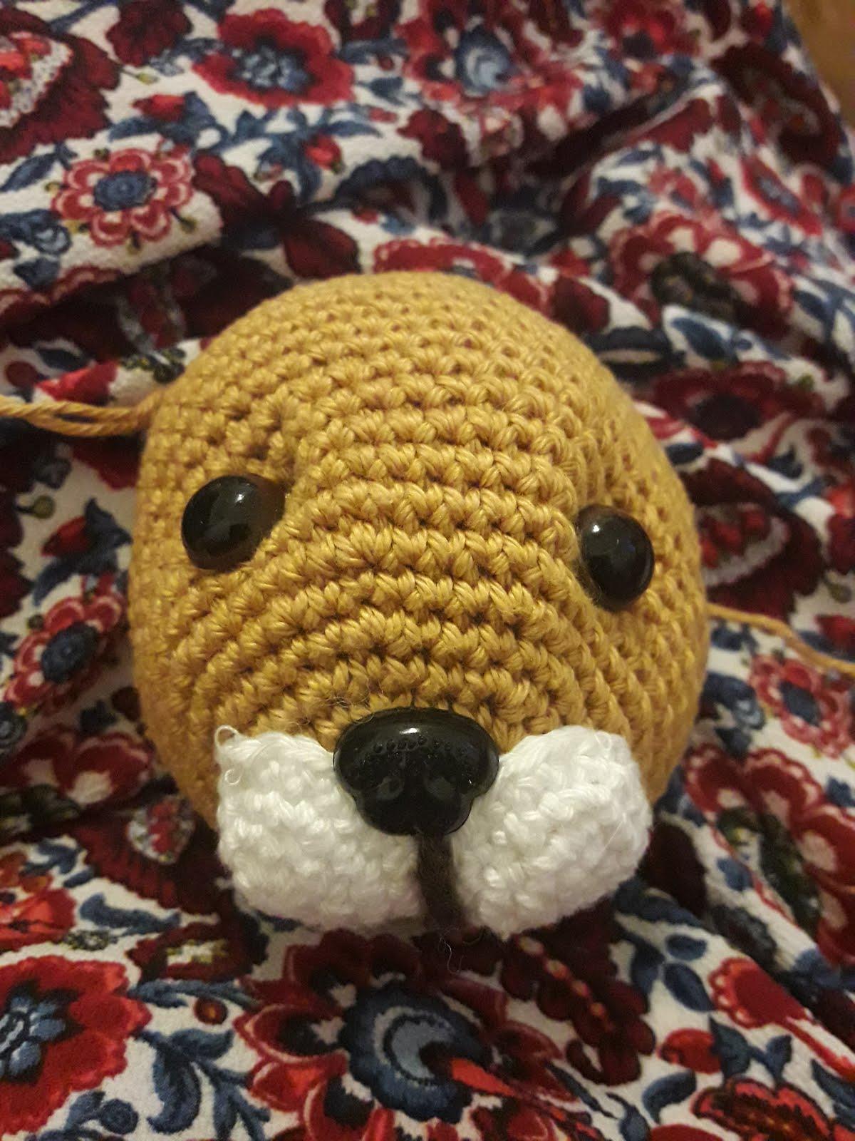 Little Lion Amigurumi: Free and easy crochet pattern   1600x1200