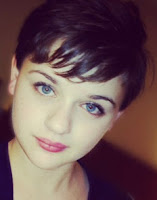 Joey King - Emma