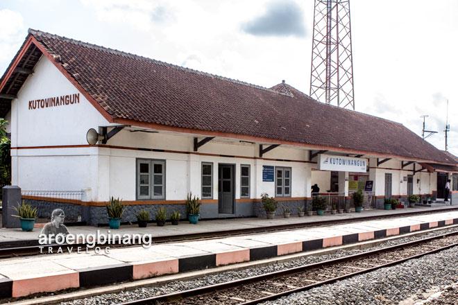stasiun kutowinangun kebumen