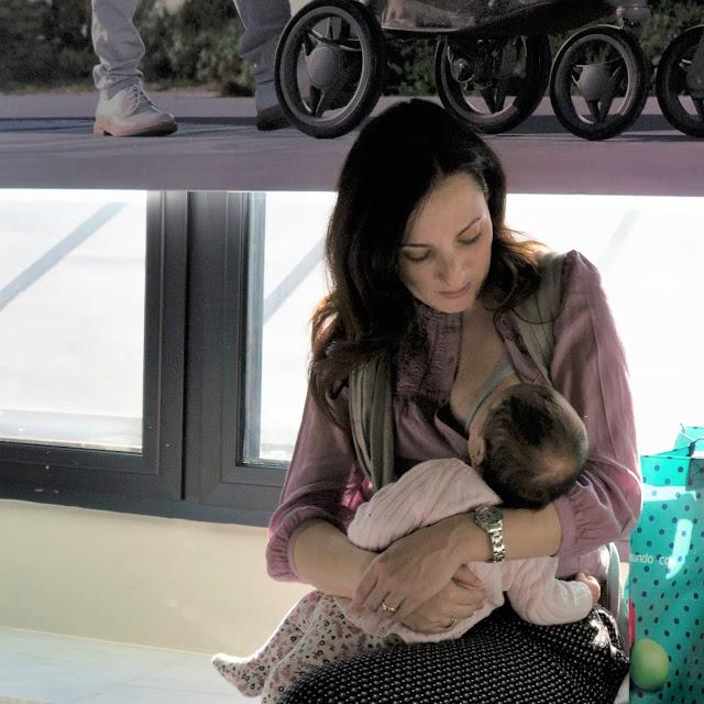¿Te harías fotos amamantando a tu bebé?