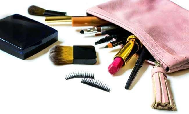 Beberapa Jenis Alat Kecantikan Beserta Fungsinya yang Dipakai Sehari-hari