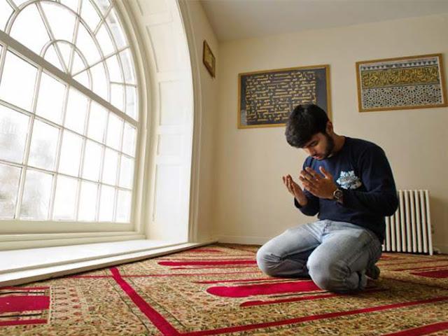 10 Keutamaan Sholat Tahiyatal Masjid, Salah Satunya Ternyata Sangat Dianjurkan Rasulullah