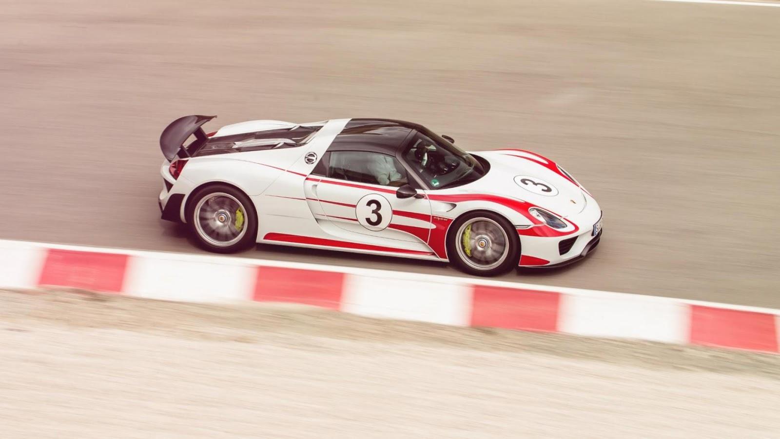 Porsche 918 Spyder - 2,8 giây