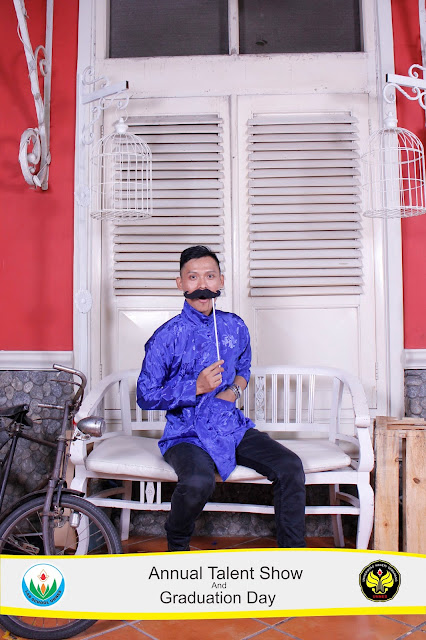 +0856-4020-3369 ; Jasa Photobooth Semarang ~Graduation Day TK Labschool UNNES~