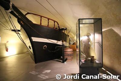 Barco en Museo Marítimo Galata