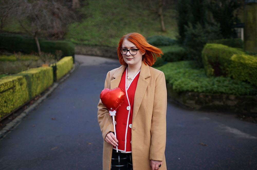 Frankly Ms Shankly, Edinburgh Blogger, red head, charity shop, H &M, New Look, Primark, vintage cardigan, Galentine's Day, red heart balloon, Valentine's style, Galentine's style, Edinburgh, Princes Street Gardens