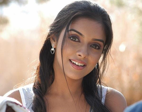 Asin Hd Wallpapers Asin Biography Bollywood Actress Photos: Ghajini Surya 2005 Movie Wallpapers,Images,Stills,Photos