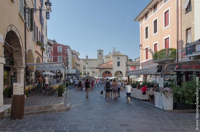 Visitar Desenzano di Garda pueblo lago encanto turismo