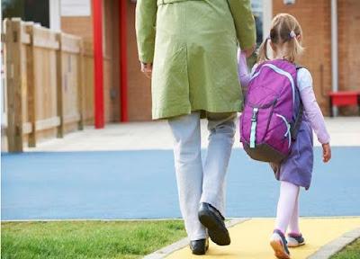 Bisnis, Info, Ibu, Mengantar Anak Sekolah