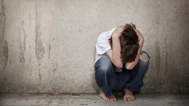Παιδάκι στην Τρίπολη φώναζε βοήθεια από μπαλκόνι διαμερίσματος - Ο πατέρας του χτυπούσε τη μητέρα του