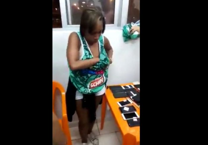 Lady Disgraced In Public after She Was Caught Stealing ...