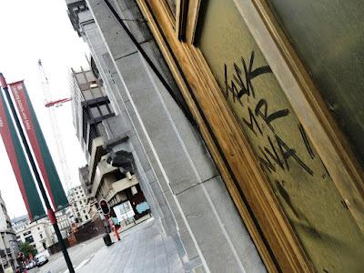 didier reynders street art