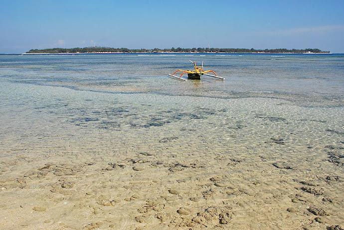Agua transparente de mar