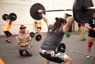 crossfit vs powerlifting
