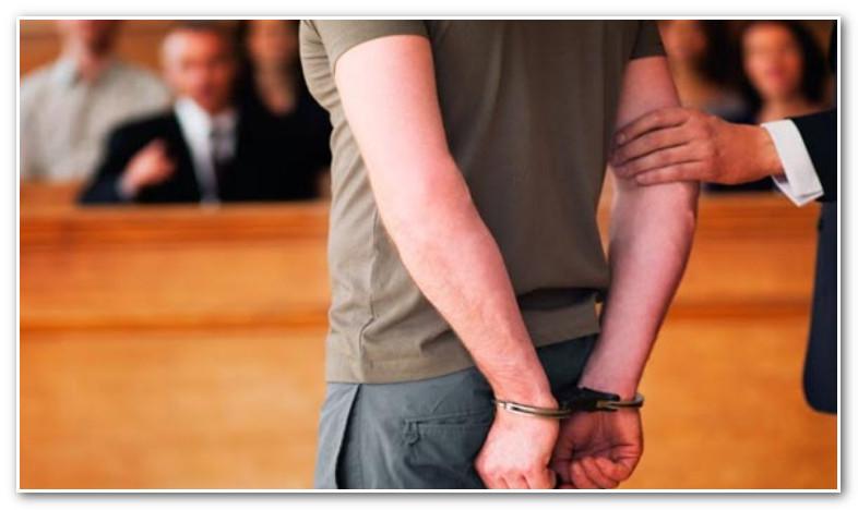 هذا ما قضت به المحكمة في حق شاب صور رجلي شرطة ادعى أنهما اقتنيا مشروبات كحولية