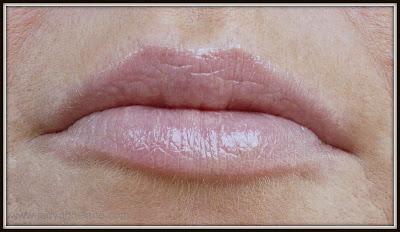 Clarins Instant Light Natural Lip Perfector Petal Shimmer